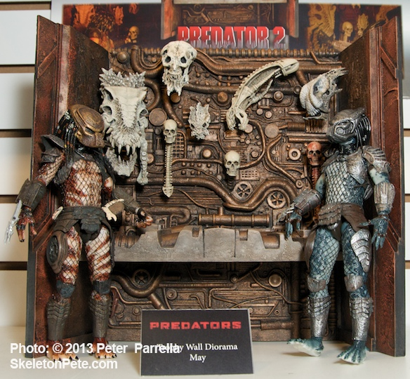 NECA's Predator Figures Trade War Stories in the Trophy Room