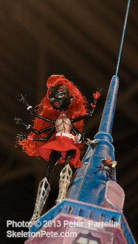 Mattel's Webarella Gives a Multi-Limbed Wave @ NYCC 2013