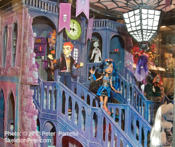 Mattel's Booth @ NY ComicCon 13 included an elaborate Monster High installation.