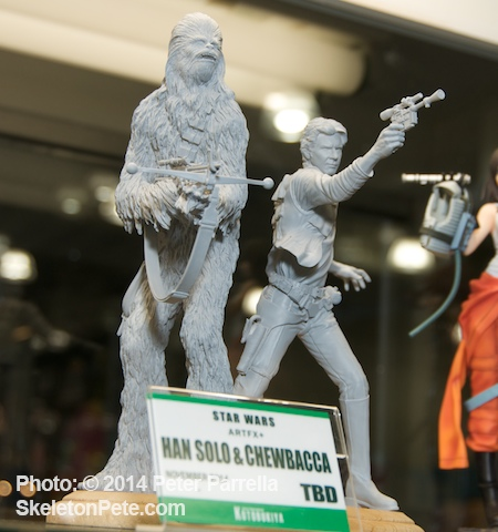 Kotobukiya's Han Solo and Chewbacca ArtFX statue @ New York Toy Fair 2014.