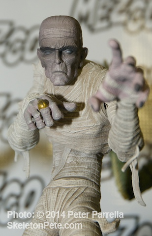 Karloff's 1932 Mummy is the Next Universal Monster Emerging from Mezco in June 2014.