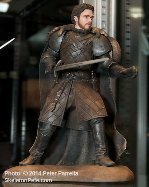 Robb Stark Figure will Arrive in Early August 2014.