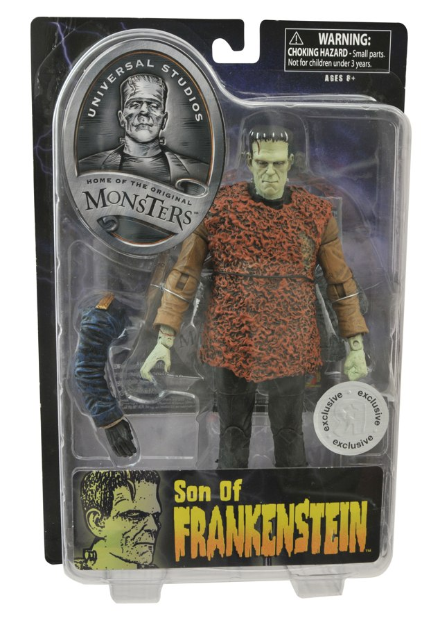 "Inspector Krogh ""lends a hand (and arm) to Karloff's ""Son of Frankenstein"" TRU Exclusive. Image Courtesy of Diamond Select Toys."