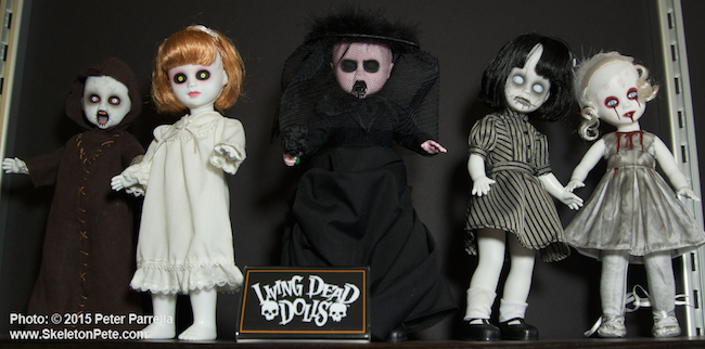 mezco toyz, living dead dolls series 29