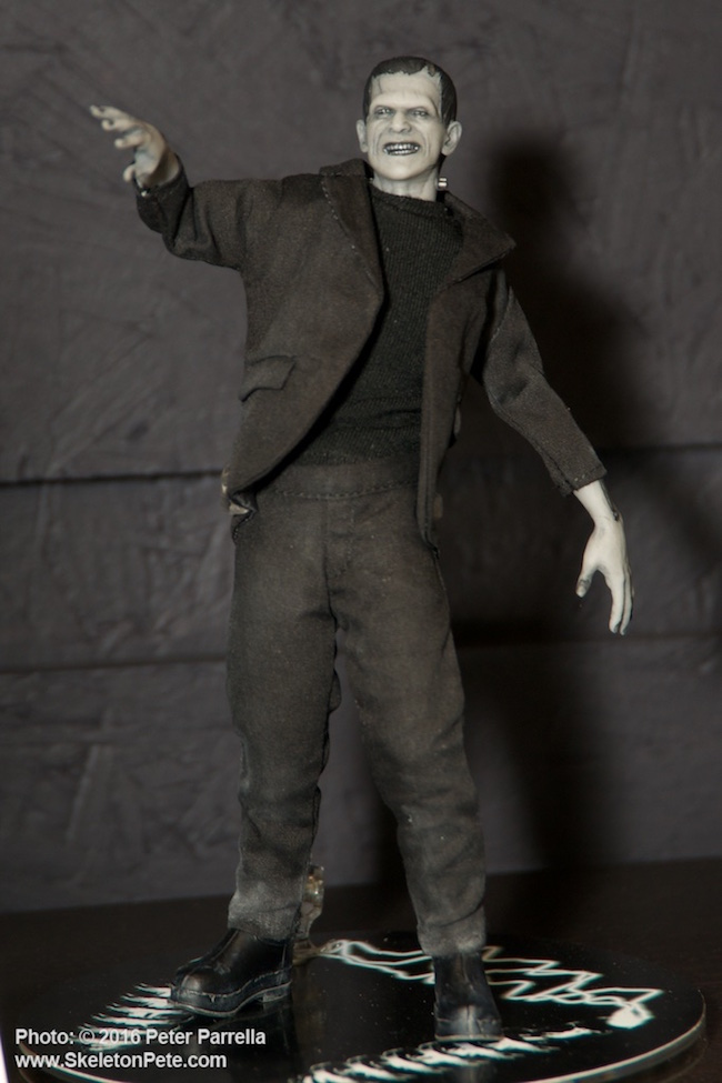 mezco toyz, universal monsters, one:12 collective