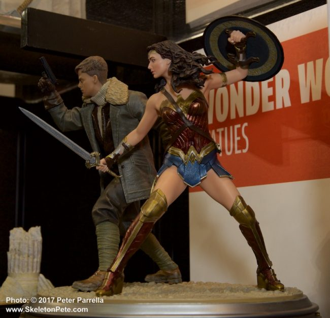 dc comics, warner brothers, justice league, dc collectibles, wonder woman, gal gadot