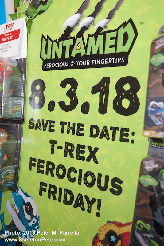 wowwee, untamed, t-rex, fingerlings, ferocious friday