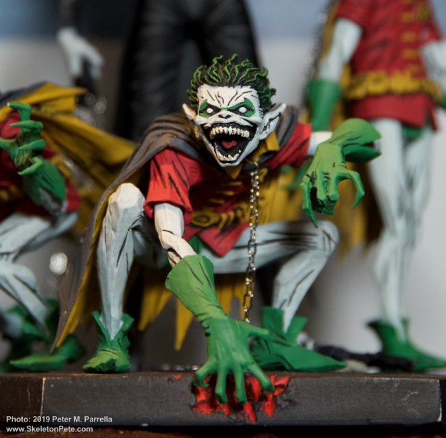 dc collectibles, dark nights metal, robin, minions, batman, dc comics, batman day, action figures